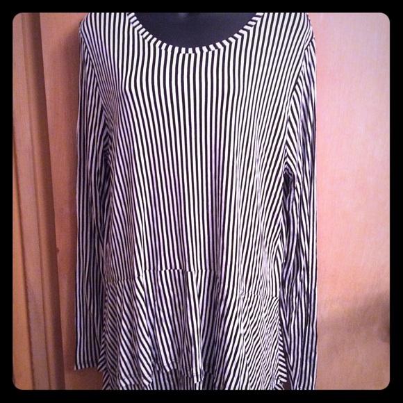 3b363a565095c Michael Kors MK black and white stripe shirt tunic.  M_5b57f8d981bbc894e612cddc